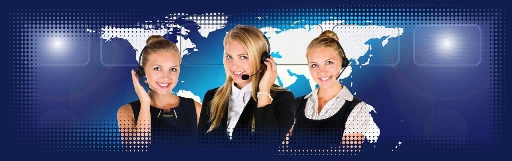 Ilustração sobre como contratar serviço de tradução simultânea