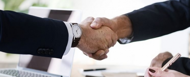 Negócios internacionais para pequenas empresas e como vernder no exterior
